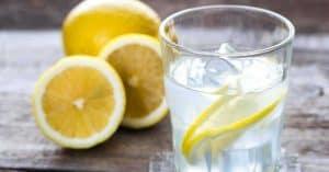 agua con limon ayuno