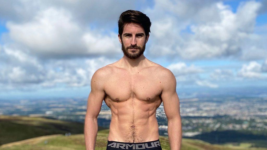 cuánta proteína para aumentar masa muscular