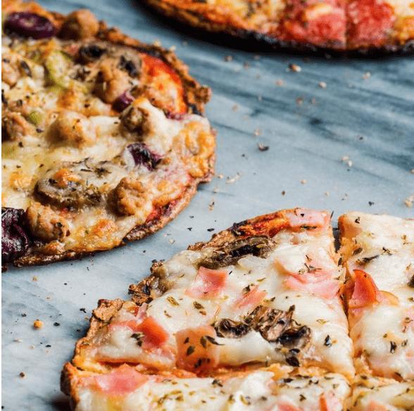 pizza keto peru harina de almendras